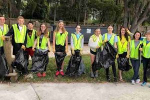 Service-Project-trash-cleanup_resized_compressed