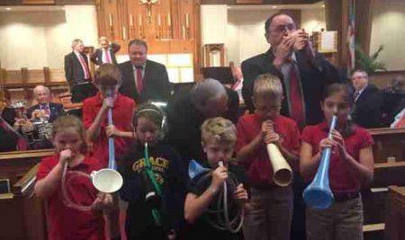 Students Enjoy Ancient City Brass Band Performance