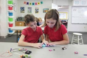 girls_LittleBits2