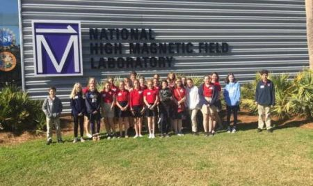 Middle School Students Visit National High Magnetic Field Lab