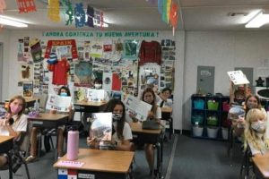 8th Grade Spanish News Post_compr