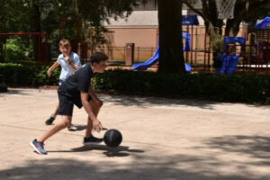 Middle School recess basketball_r